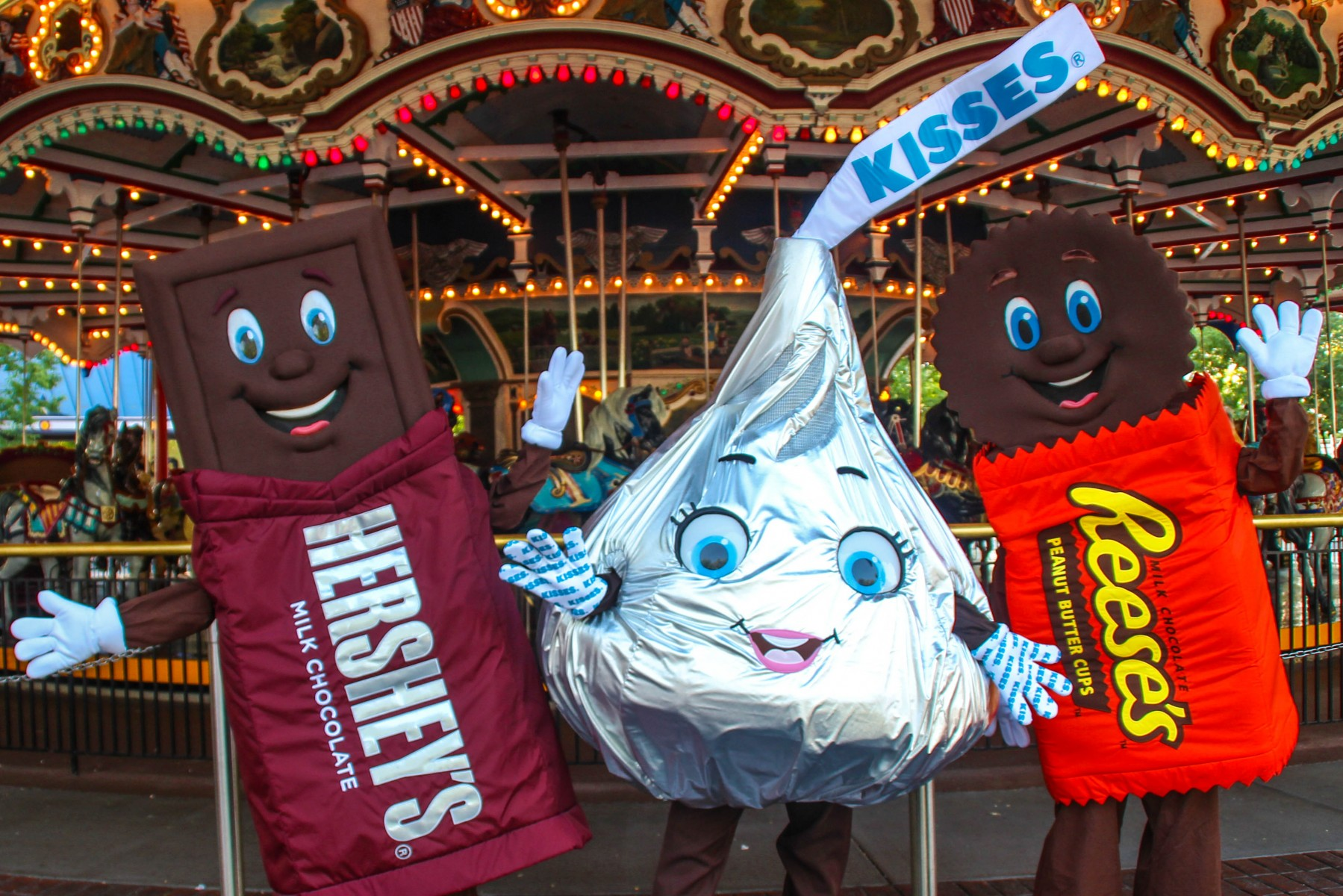 Hershey Characters at Carrousel