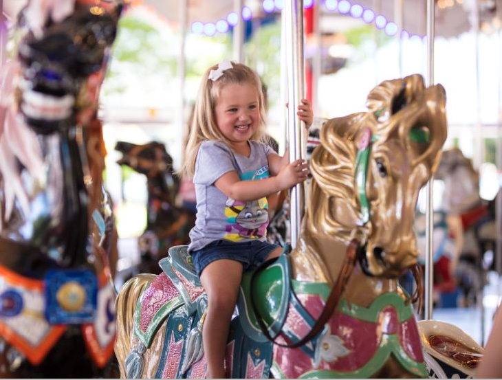 Young Guest on Carrousel