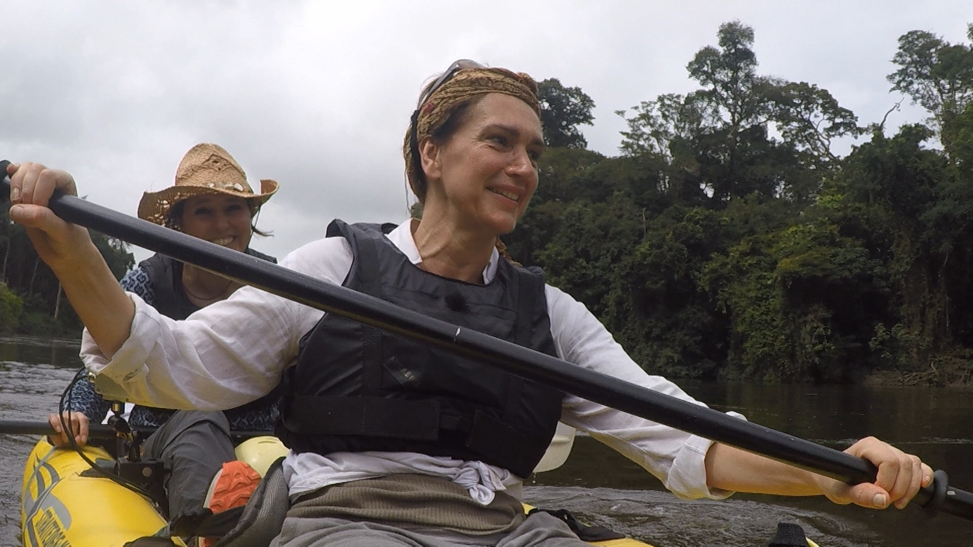 Risky Rivers - Monic Hendrickx en Susan Visser in Suriname
