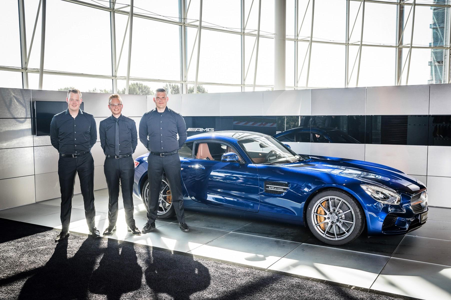 Mercedes Benz Versterkt Showroomervaring Met Product Experts