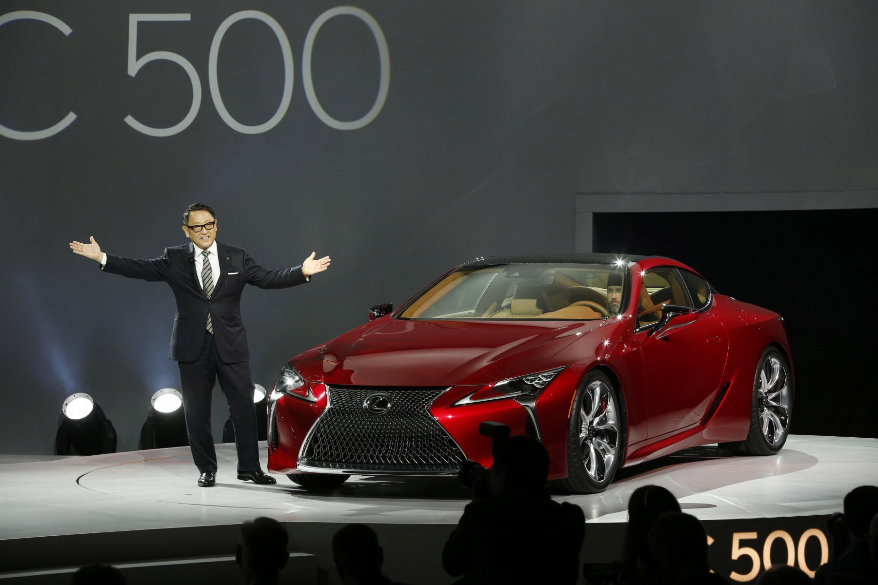 2016-naias-lexus-lc-press-conference-010.jpg