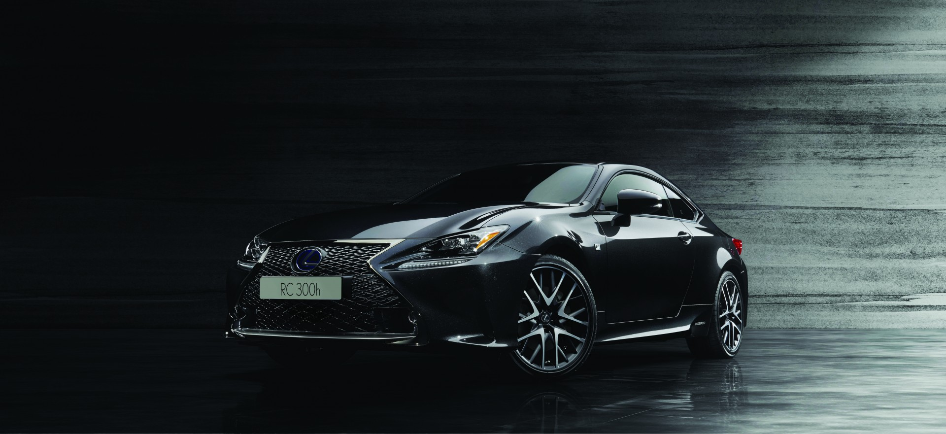 new lexus rc f sport black edition all black theme inspired by traditional japanese sumi ink. Black Bedroom Furniture Sets. Home Design Ideas