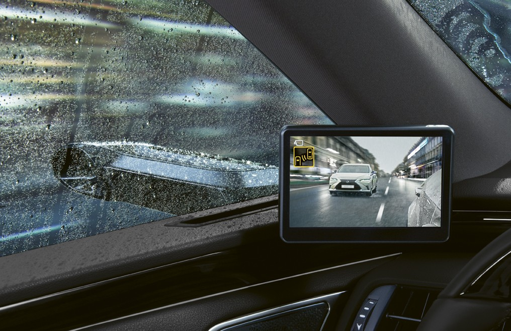 Digital Side-View Monitor on Lexus ES 300h luxury hybrid sedan