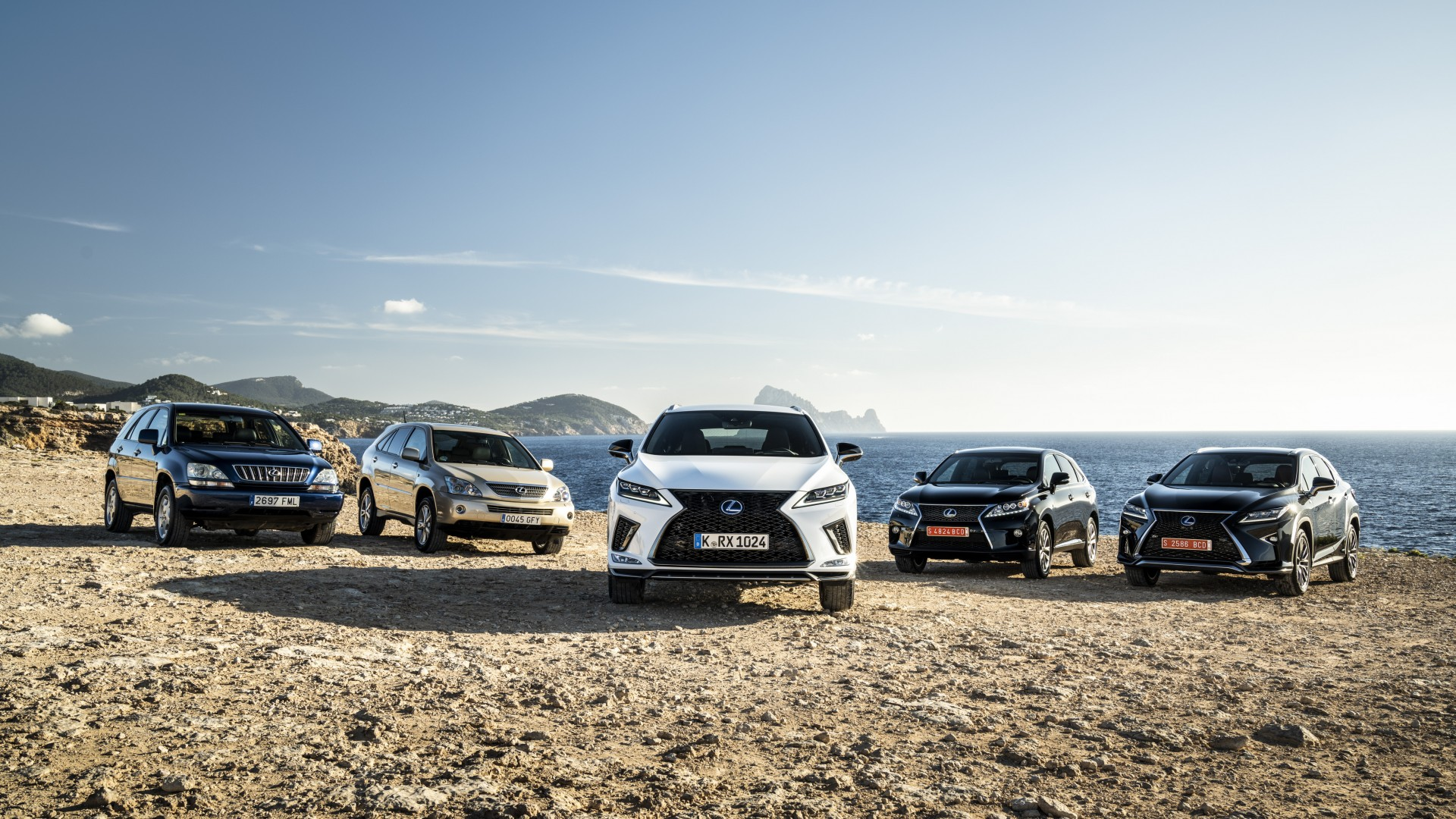 The Market Revolution The Lexus Rx The World S First Luxury Crossover