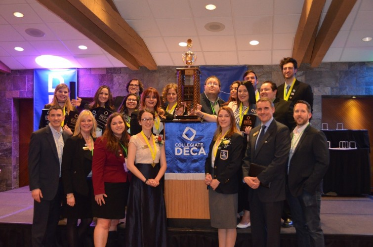 Group+DECA+photo+--+STATE+2019