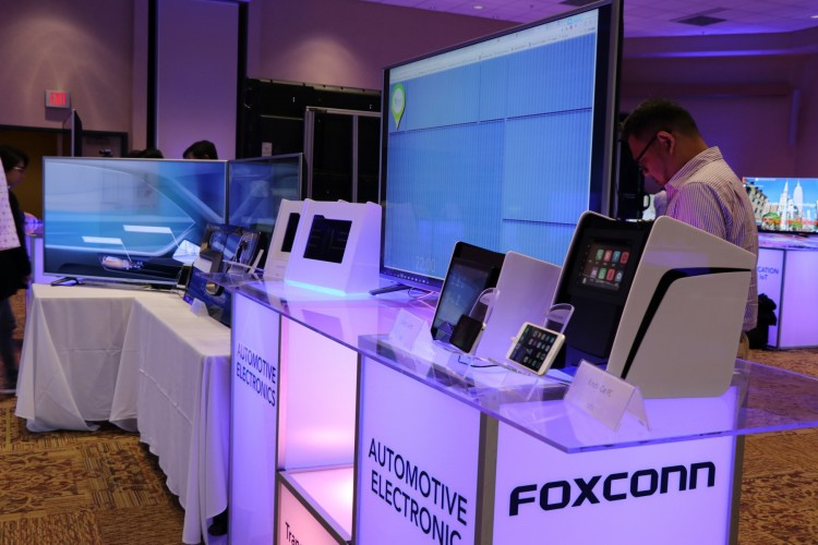 Foxconn+products+on+display+at+WCTC