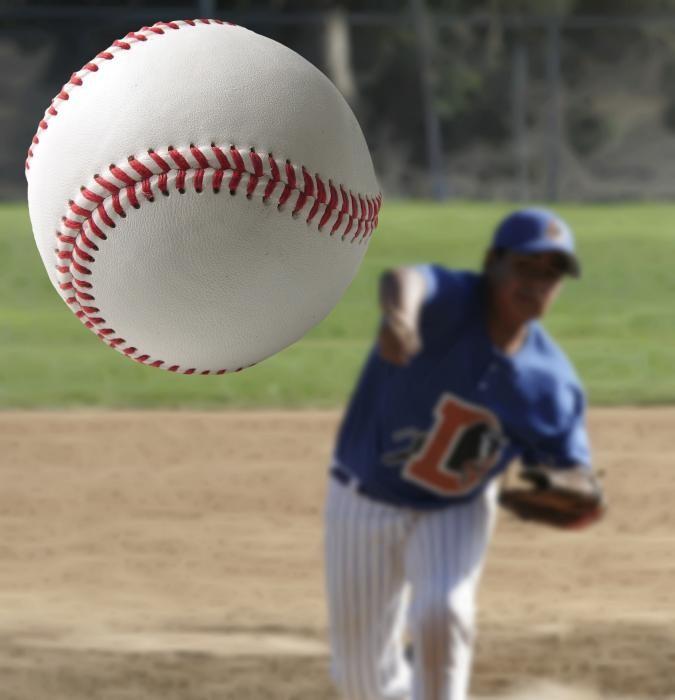 movement analysis of a softball throw