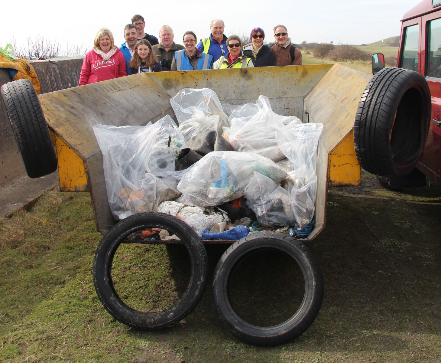 Beach Clean Mar 2016
