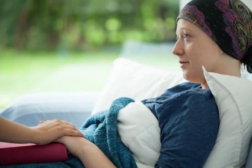 延迟的筛查提高了晚期癌症的诊断和治疗