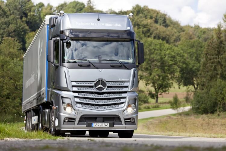 Daimler starts production of Left-Hand Drive FUSO trucks
