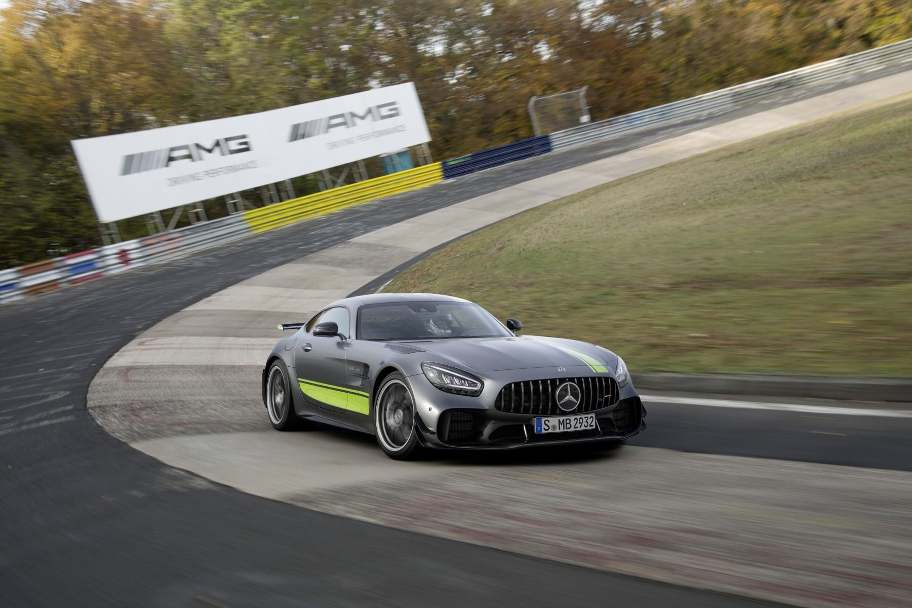Nouvelle Mercedes Amg Gt Et Amg Gt R Pro