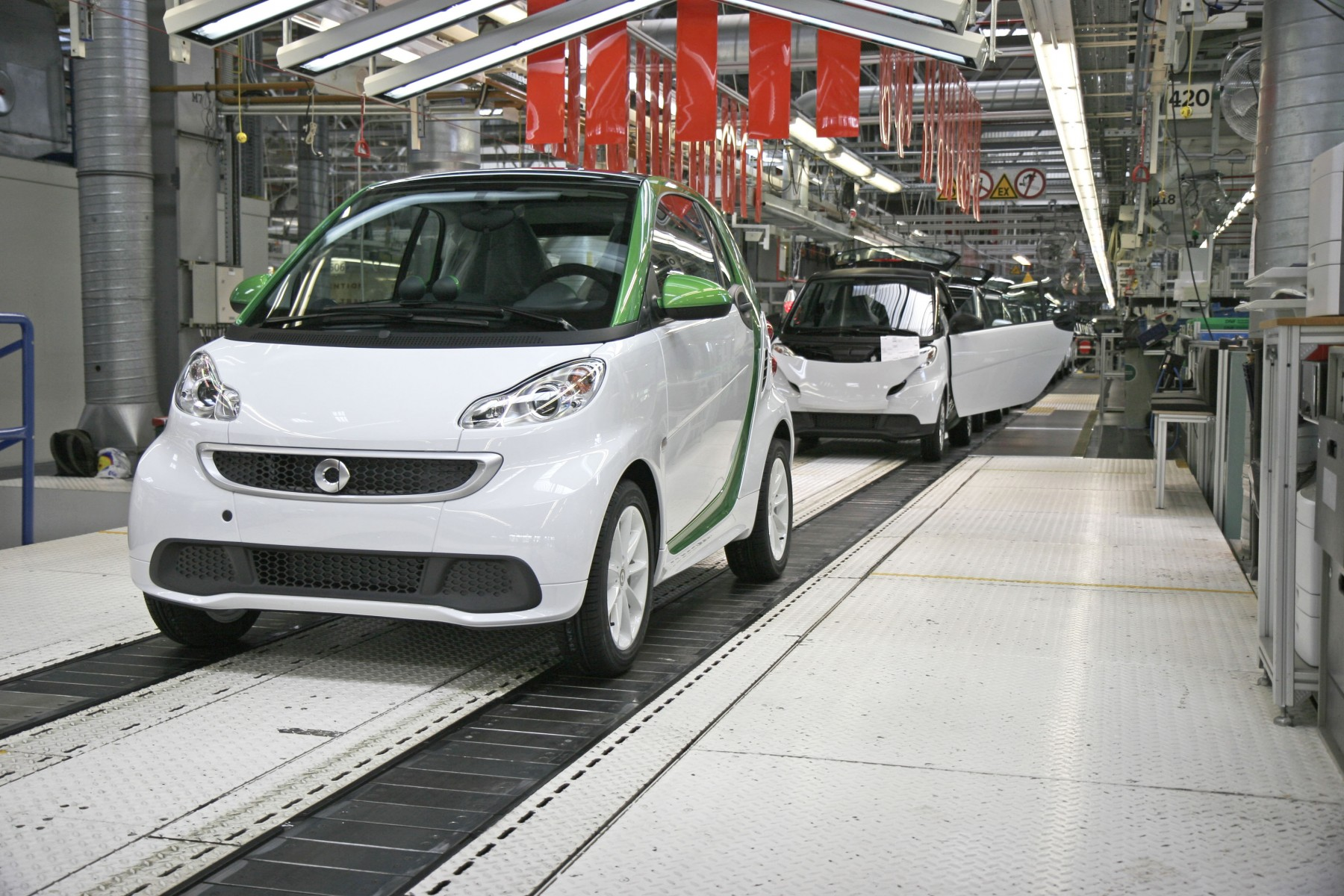 Lancement de la production à Hambach (57) et de la commercialisation de la nouvelle smart fortwo electric drive
