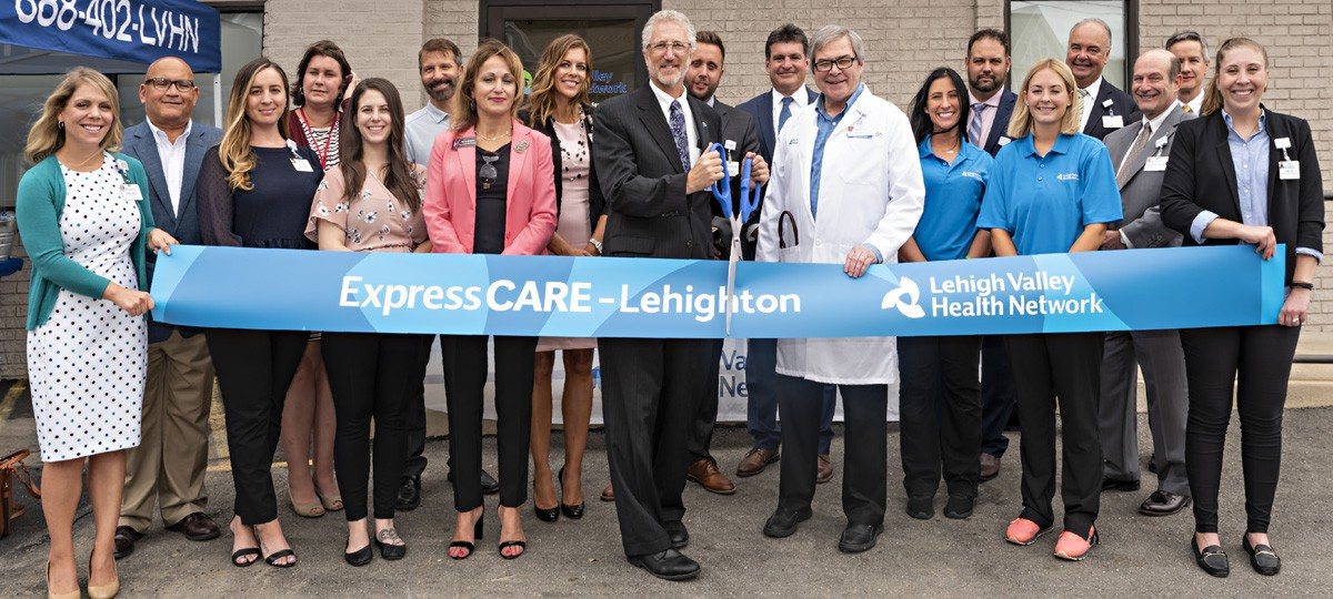 ExpressCARE Lehighton Ribbon Cutting