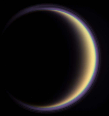 Titan%26%23039%3Bs+Halo%2C+Image+Credit%3A+NASA%2FJPL%2FSpace+Science+Institute