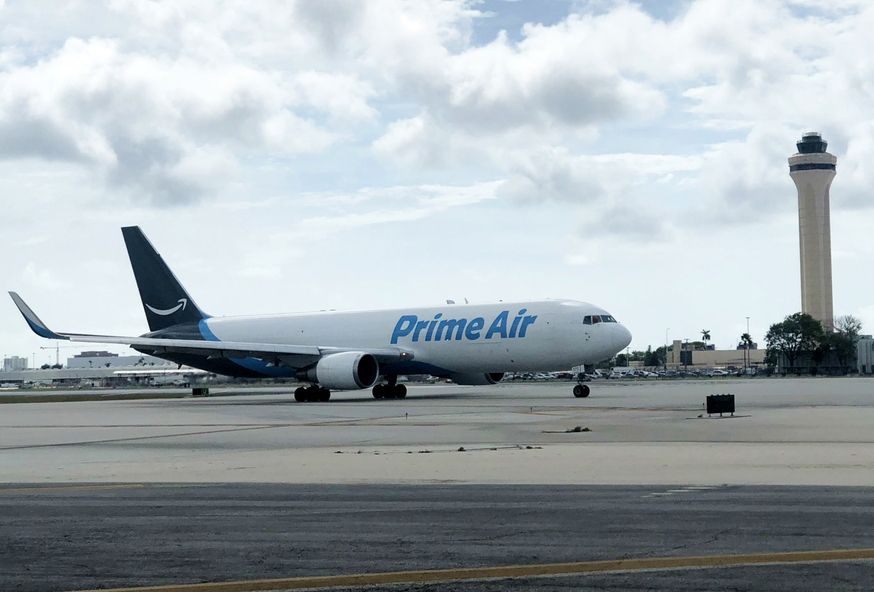 Amazon Air at MIA edited