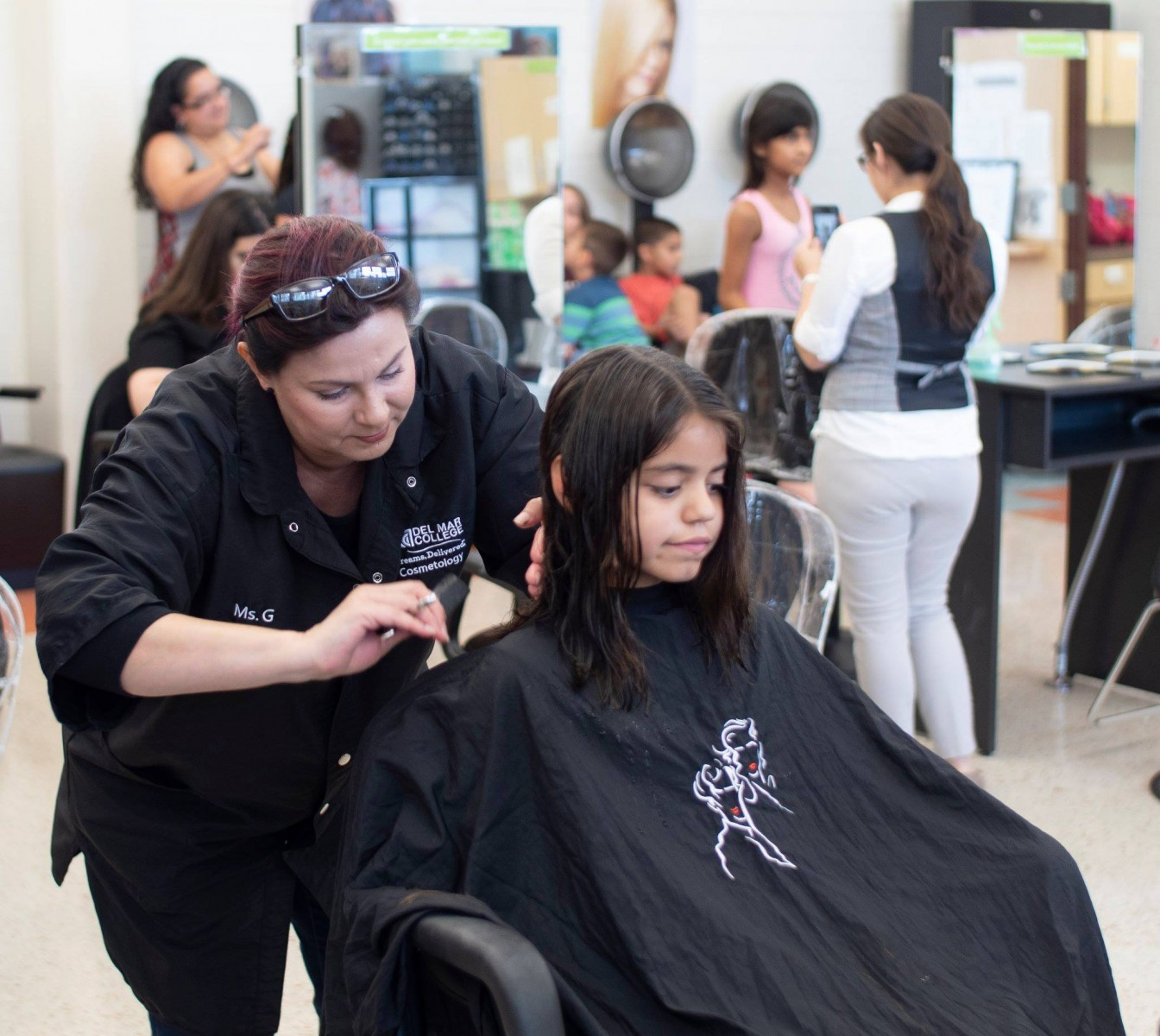 Dmc Dual Credit Cosmetology Students Providing Free Haircuts Aug 8 10