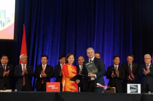 Vietjet Air and Brisbane Airport Corporation sign MOU 16 March 2018