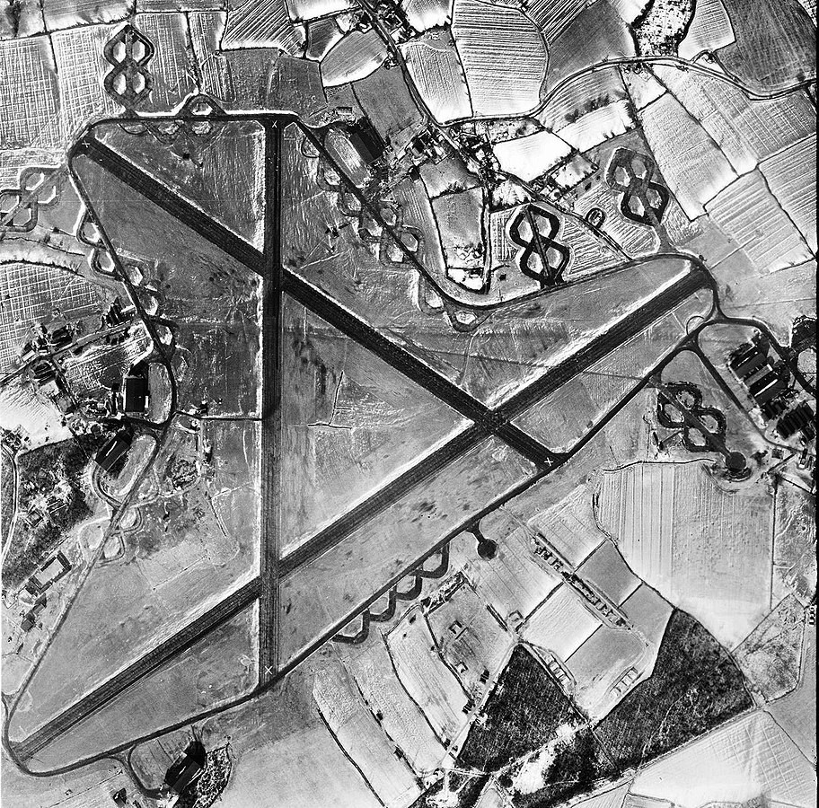 Aerial shot of the RAF Stansted Mountfitchet in 1947.