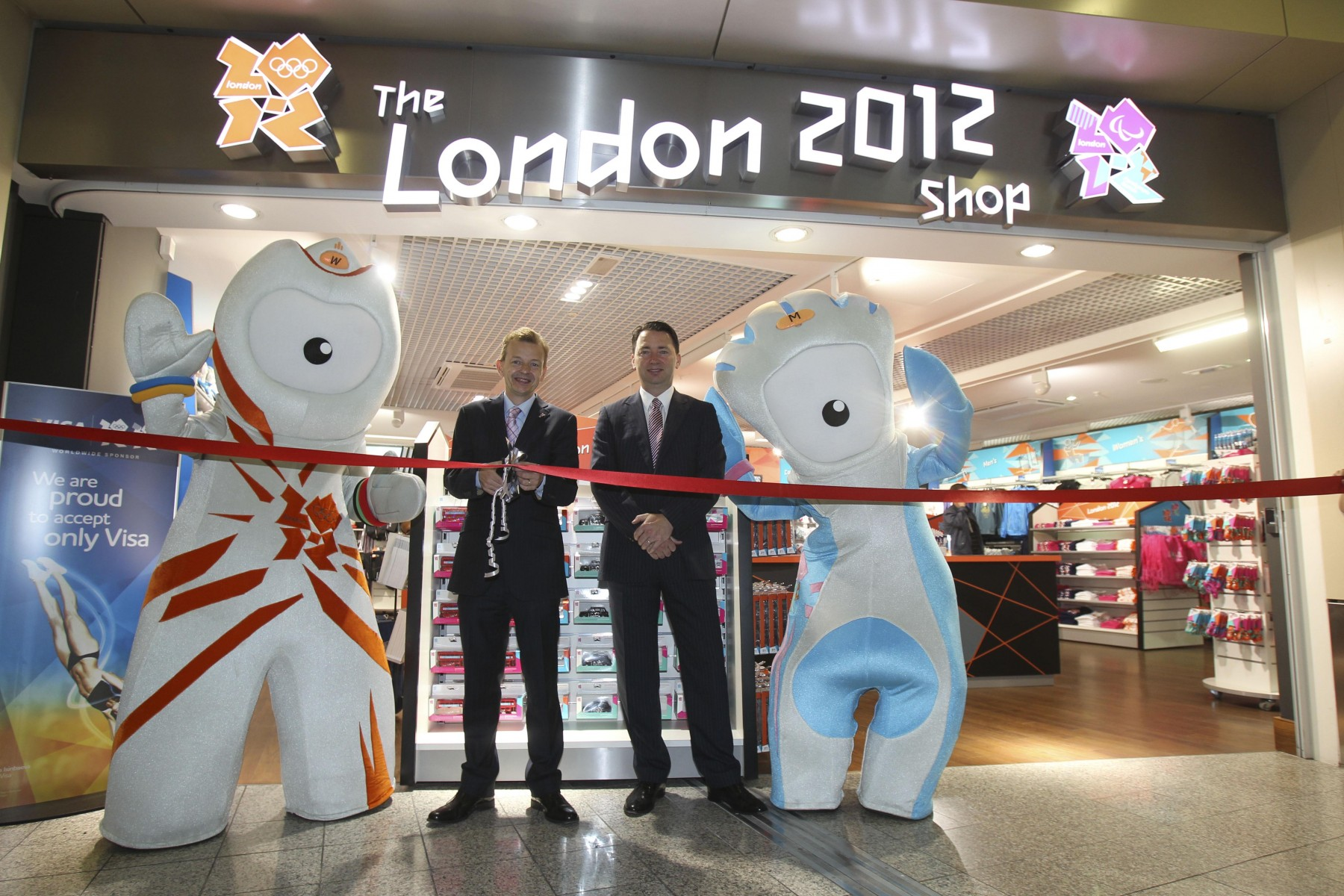 In 2012, Olympic fever hit when a London 2012 shop in the terminal. Many athletes and fans used the airport to get to the games.