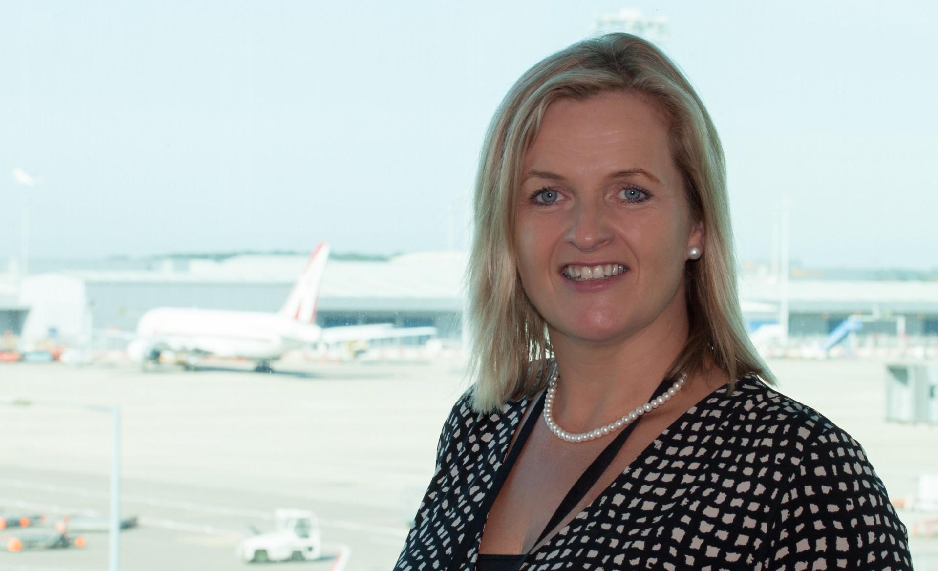Karen smart appointed managing director of east midlands airport m4hsunfo
