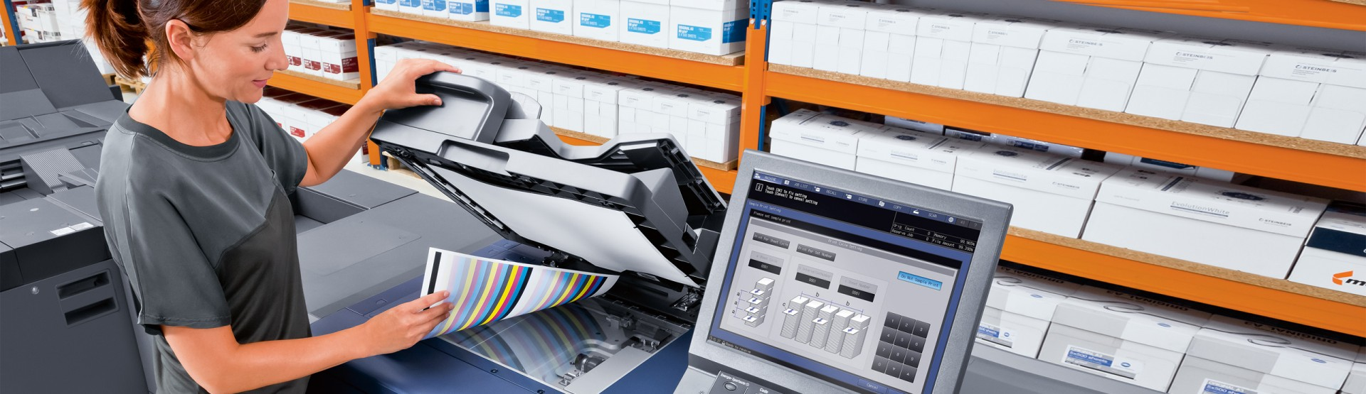 banner-konicaminoltappprinter-woman