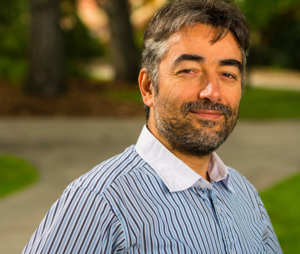 U of A computing scientist Osmar Zaiane says the new tool analyzes tweets by location, health topic and emotions expressed to give public health professionals and sociologists a clearer picture of local health trends. (Photo: John Ulan)