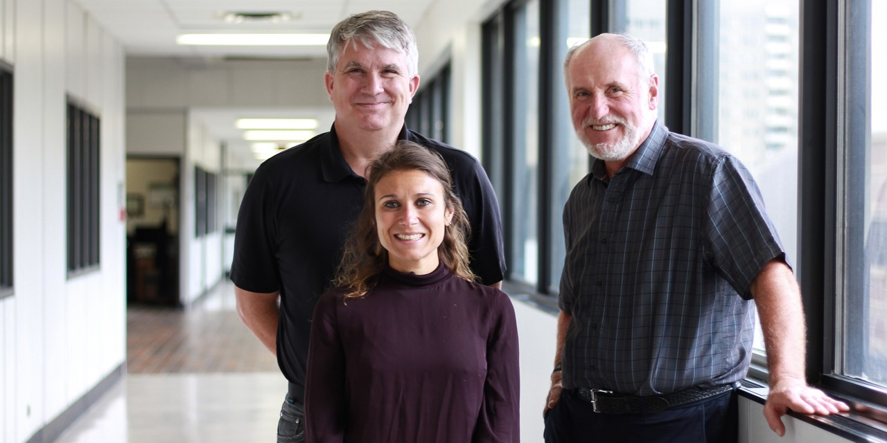Andrew Simmonds, Francesca Di Cara and Richard Rachubinski discovered that peroxisomes are necessary for proper functioning of the innate immune system. (Photos by Melissa Fabrizio)