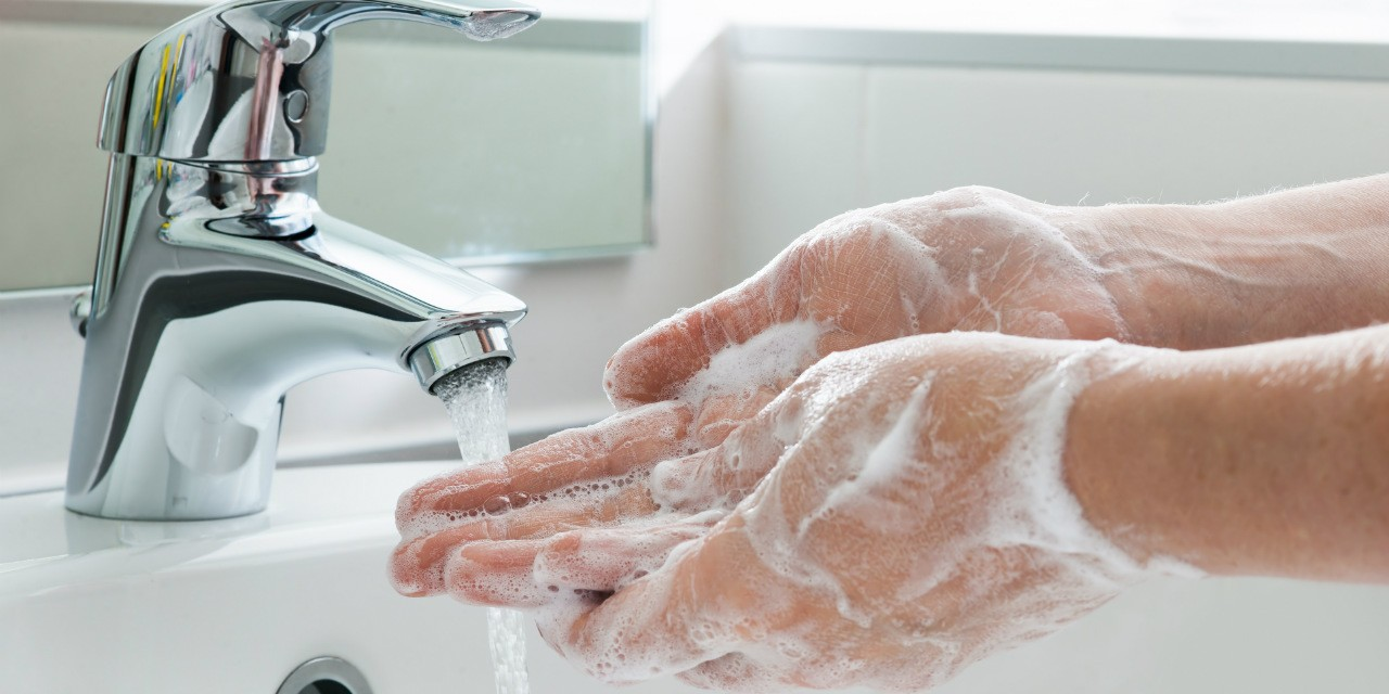 Proper handwashing only takes about half a minute, but very few of us are doing it right. Here's how to make sure your hands are squeaky clean and germ-free.