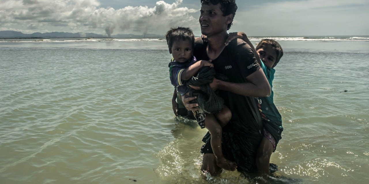 More than 600,000 Rohingya Muslims have fled to Bangladesh to escape a violent military campaign in Myanmar. (Photo: Tommy Trenchard, Caritas/CAFOD, CC BY-ND-NC 2.0)
