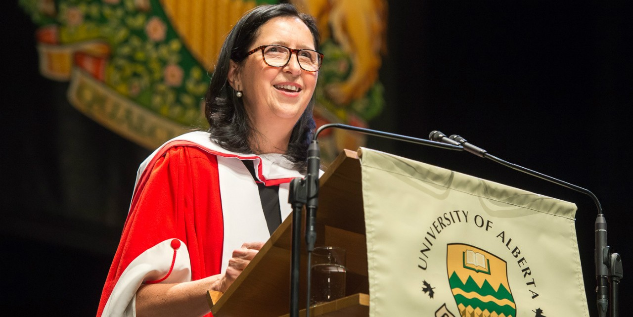 Tricia Smith addresses graduands after receiving an honorary doctor of laws degree Nov. 22.