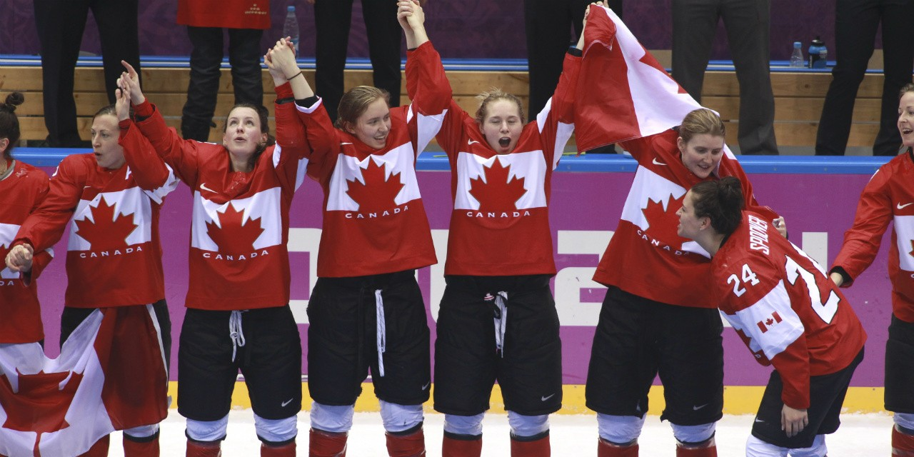 With the Canadian women's hockey team looking for its fifth consecutive Olympic gold medal, will they draw more attention now that current NHL players won't be in PyeongChang? That's one question on the minds of UAlberta experts as the Games unfold. (Photo:  Canadian Olympic Committee)