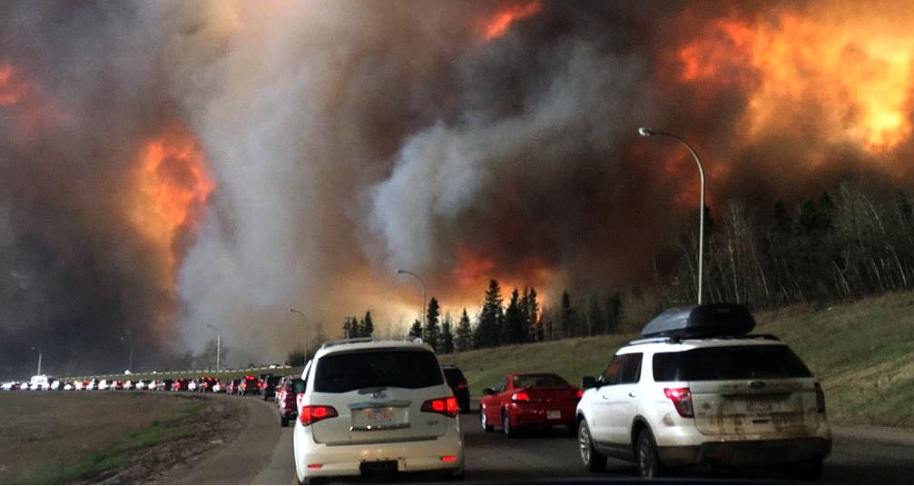 Two years ago today, Alberta declared a provincewide state of emergency after the Fort McMurray wildfire caused the largest fire evacuation in the province's history. Preparing for the worst may seem daunting, but UAlberta experts say planning ahead can help you make better decisions if the moment comes. (Photo: DarrenRD via Wikimedia Commons, CC BY-SA 4.0)