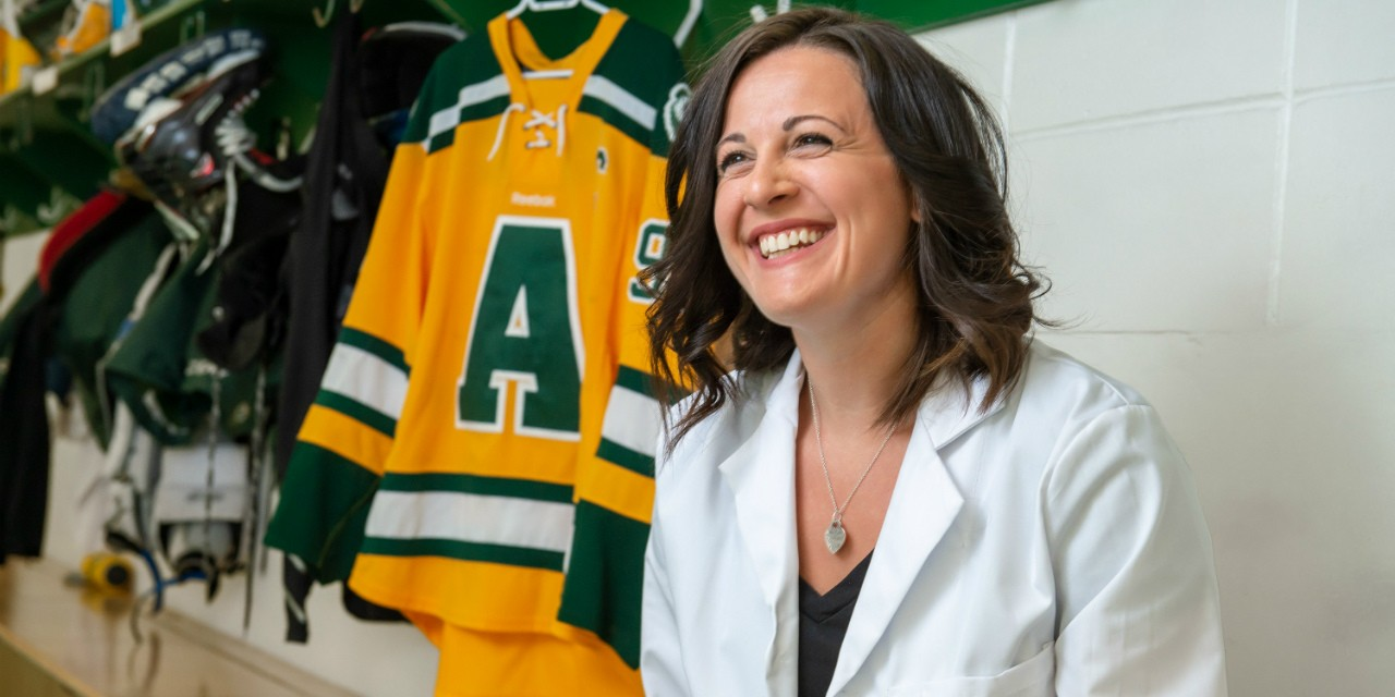 After suffering a profound loss midway through her dentistry studies, Kayla Leugner-Lavallee relied on friends, classmates, U of A Pandas teammates and her indomitable spirit as a lifelong athlete to find her way to graduation. (Photo: Richard Siemens)