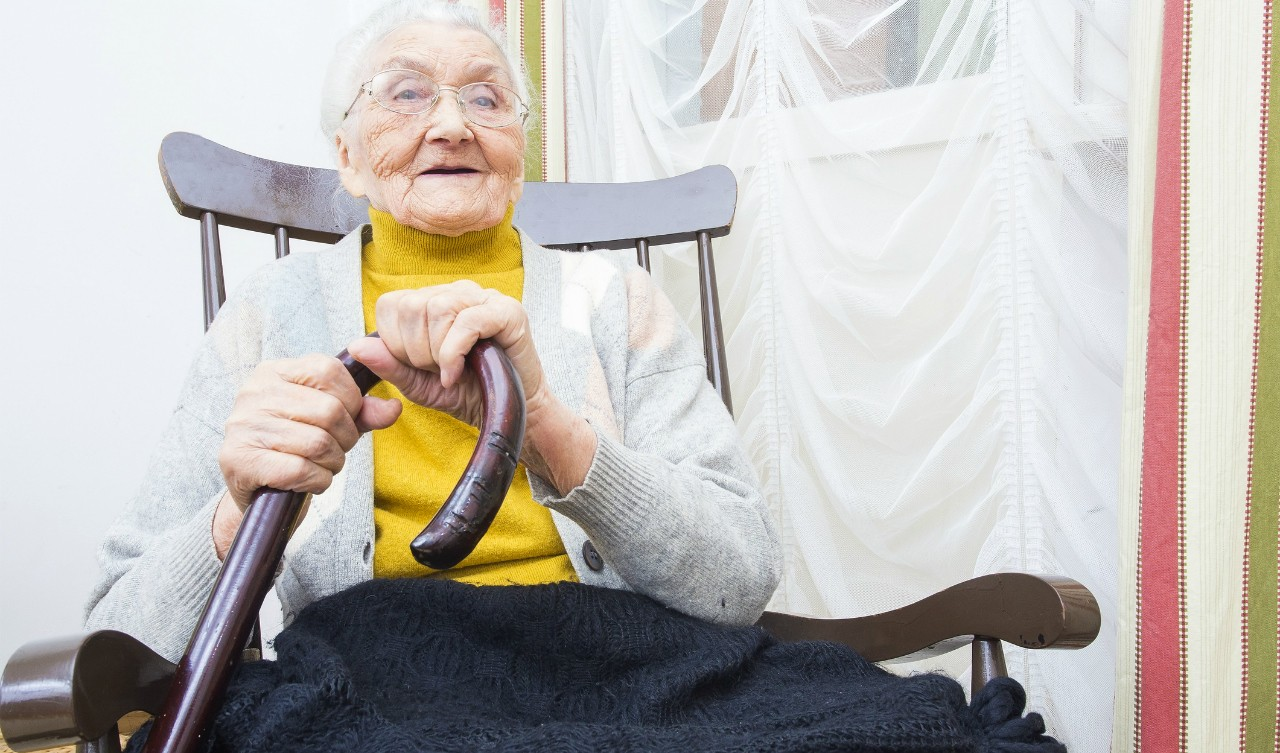 Seniors may soon feel safer at home and in care facilities thanks to new technology that uses AI to watch for falls or other accidents and immediately alerts caregivers while protecting privacy. (Photo: Getty Images)