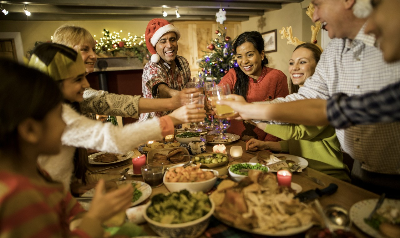 Holiday feasting can pile on the extra calories, but planning ahead, controlling portions and substituting healthier versions of traditional treats can help you avoid overindulging, says a U of A dietitian. (Photo: Getty Images)