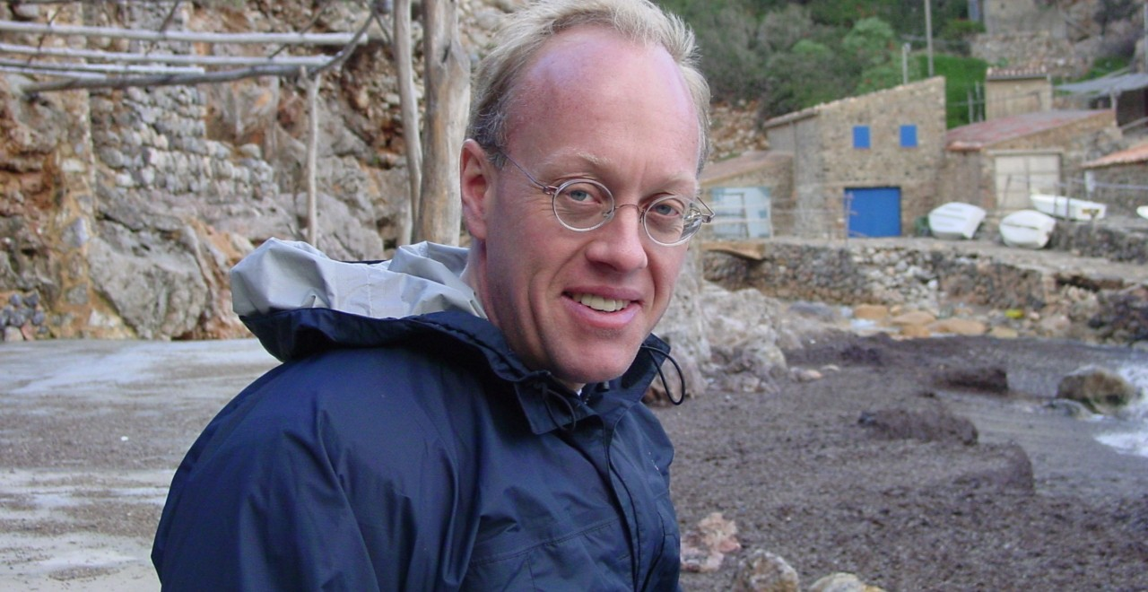 Award-winning journalist, activist, author and Presbyterian minister Chris Hedges will be at the U of A's Augustana campus March 26 to talk about the importance of religion in an increasingly globalized world.