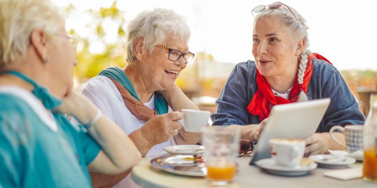 Adults with healthy memory were more likely to be female, educated, and engaged in social activities and learning new things, according to new research that suggests approaches to help prevent memory decline as we age. (Photo: Getty Images)