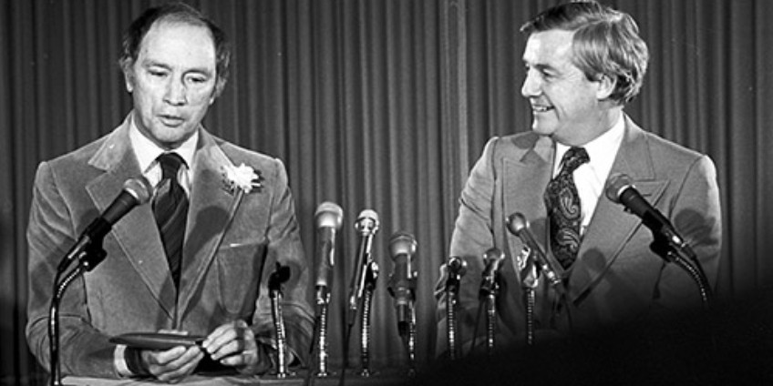 Former Alberta premier Peter Lougheed (right) squared off against former prime minister Pierre Trudeau in 1980, warning Ottawa to keep its hands off the resources that were rightfully a matter of provincial jurisdiction. (Photo: Provincial Archives of Alberta, J3672.2)