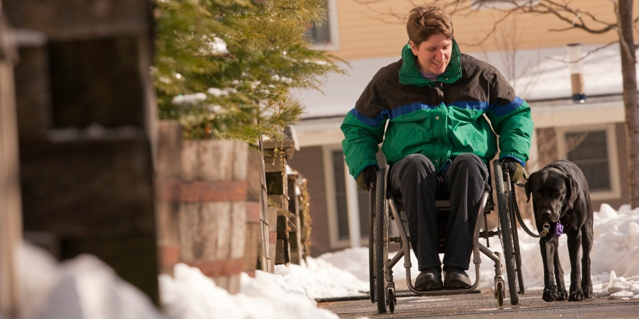 Gradually fitting more movement into everyday life can improve quality of life for people with MS who struggle with mobility loss, fatigue, depression and other symptoms of the nerve disease, according to a new U of A study. (Photo: Getty Images)