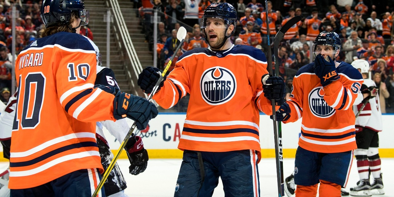Edmonton Oilers centre Riley Sheahan celebrates one of his four points in the Oilers' 7-3 win over the Arizona Coyotes on Jan. 18. (Photo: Edmonton Oilers via Twitter)
