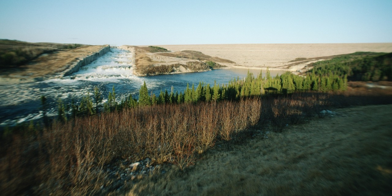 Outflow from a hydroelectric plant in James Bay. Two new studies by U of A scientists suggest hydroelectric power generation may contribute to unexpected seasonal changes in currents in Hudson Bay. (Photo: Getty Images)