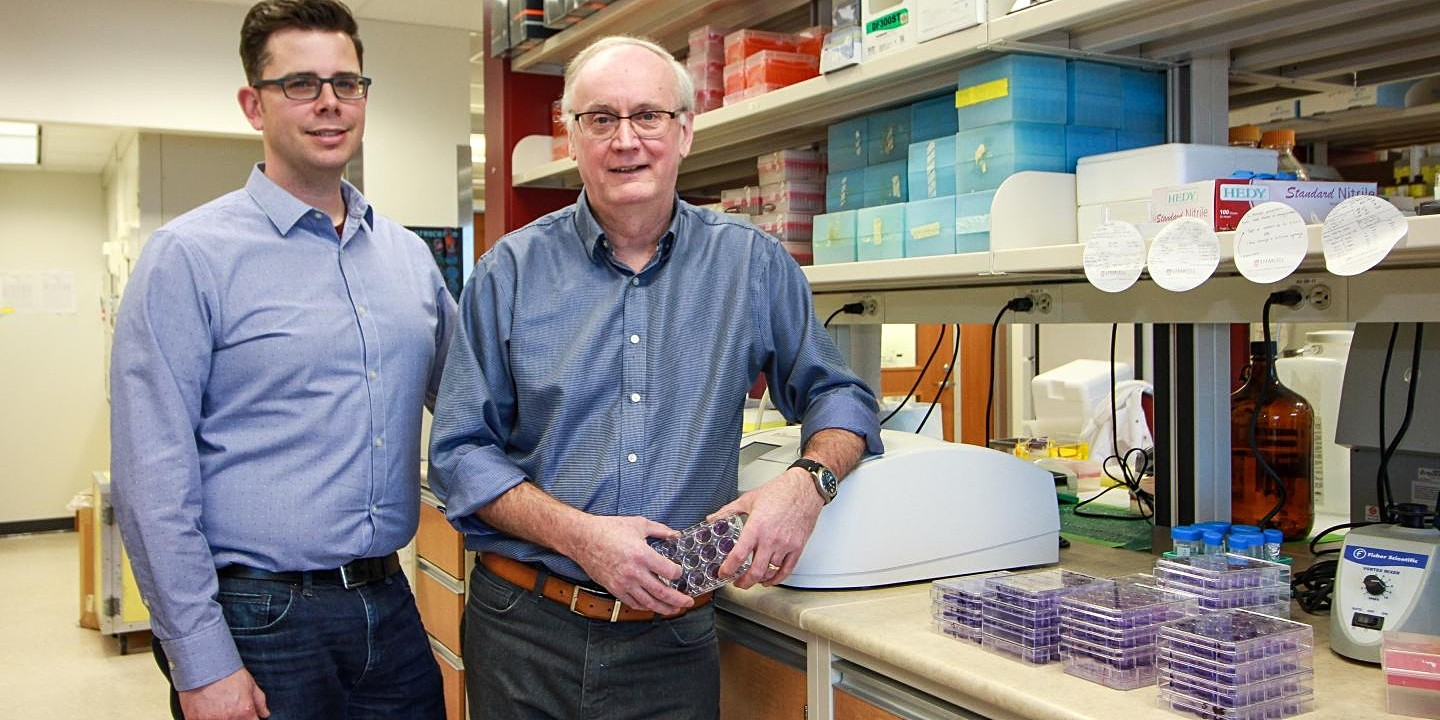 "U of A virologist David Evans (right) and research associate Ryan Noyce are teaming up with U.S.-based Tonix Pharmaceuticals to develop and test a vaccine against COVID-19, targeting the ""spike"" protein the coronavirus uses to enter cells and cause infection. (Photo: Melissa Fabrizio)"