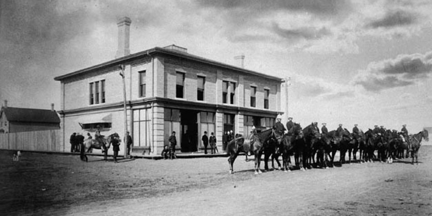 Front of the Regina Court House, during the trial of Louis Riel, which began 135 years ago in July 1885. (O.B. Buell/Library and Archives Canada)