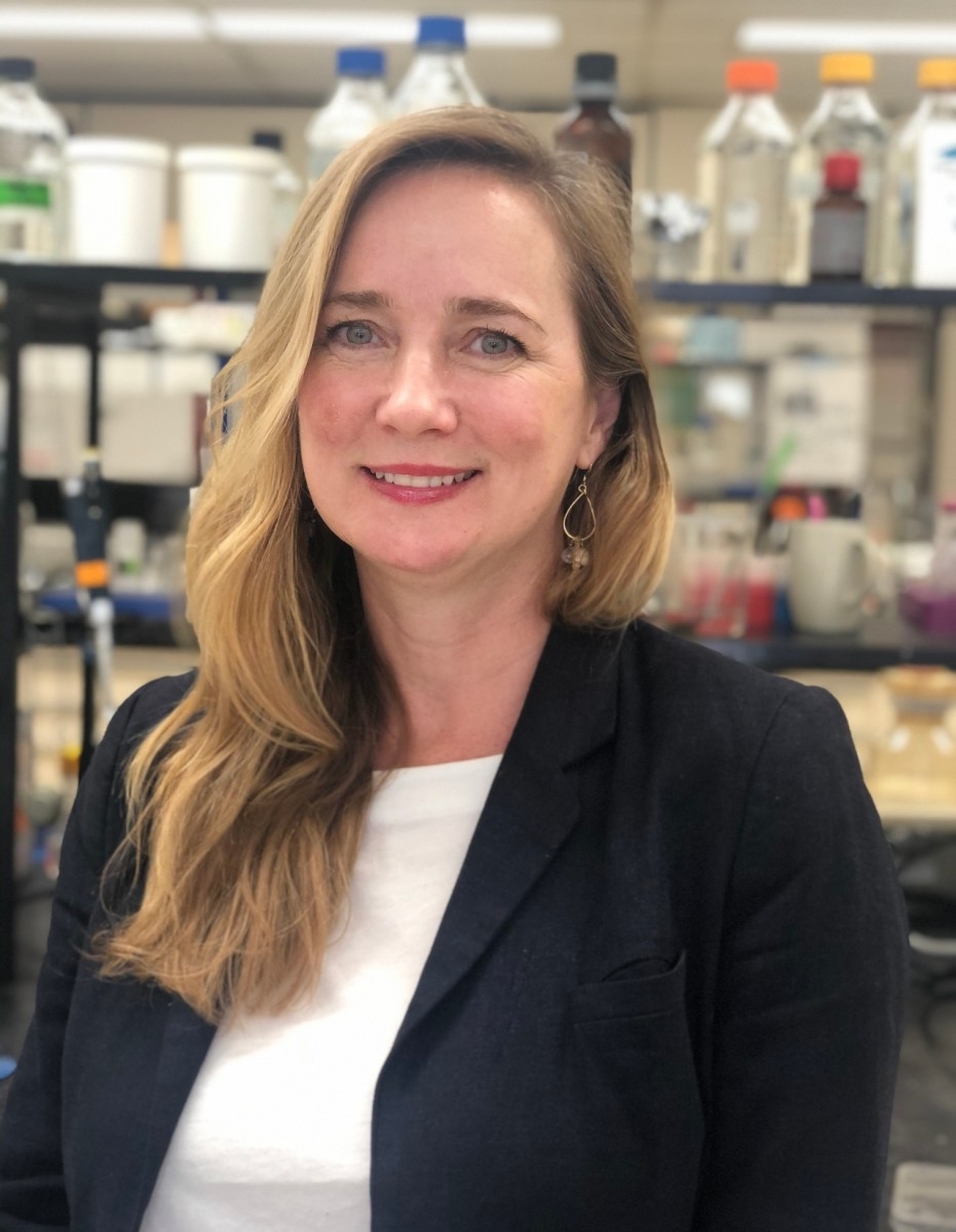 Biochemist Joanne Lemieux worked with three other U of A researchers on a new study showing that a drug that cures deadly peritonitis in cats also works well enough against the coronavirus that causes COVID-19 to fast-track it into human clinical trials. (Photo: Supplied)