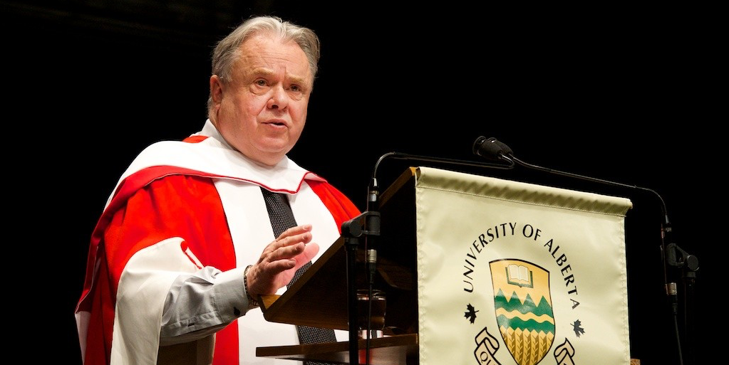 Bruce Saville delivers his convocation address to graduands of the Faculty of Nursing and the Faculty of Physical Education and Recreation June 11. (Photo: Richard Siemens)