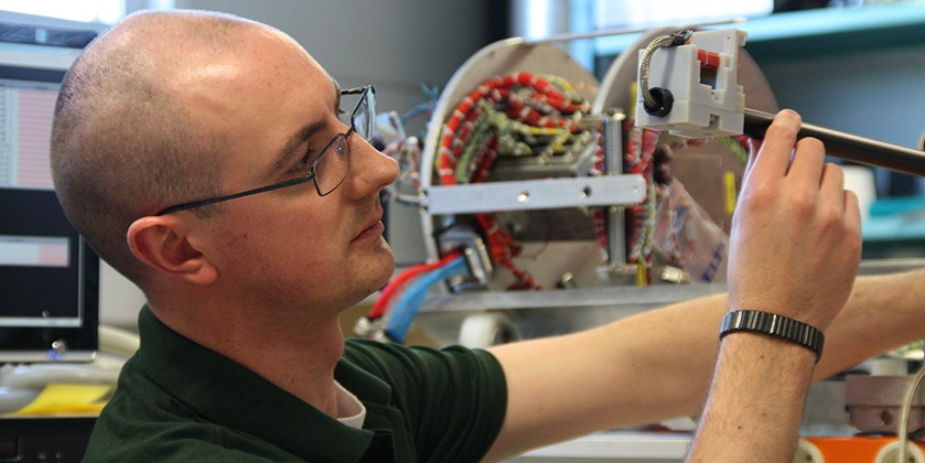 David Miles developed an instrument to take precise measurements of the Earth's magnetic field up to an altitude of 350 km onboard the ICI-4 sounding rocket.