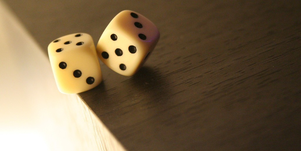 In a new study, people with MS were given a dice-throwing task to determine their ability to assess risk. The results showed that the disease impairs decision-making ability as it progresses, especially in the late stages. (Photo: topher76, shared under Creative Commons licence)