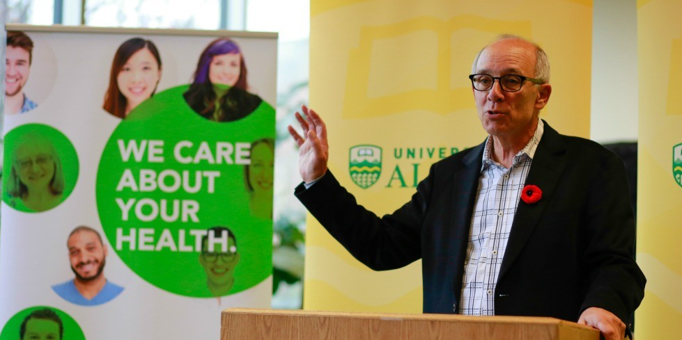 Health minister Stephen Mandel speaks at the Nov. 4 announcement of a $100,000 partnership grant for a pilot project using tablets to streamline how mass immunization information is collected and managed. (Photo: Sean Trayner)