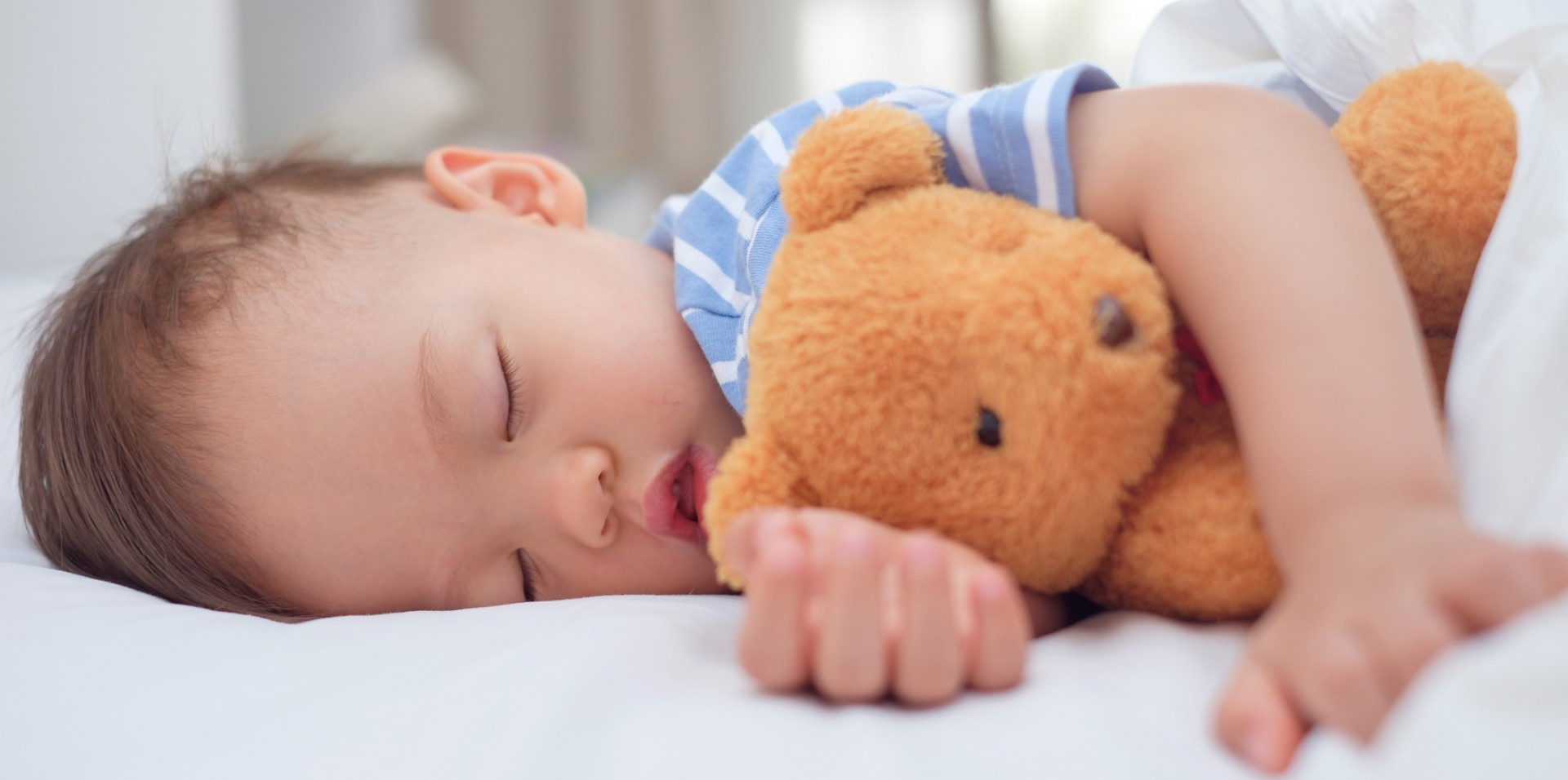 U of A researchers have found that infants who regularly sleep less than 12 hours total over any given 24-hour period have poorer cognitive and language development at two years of age than infants who get more sleep.