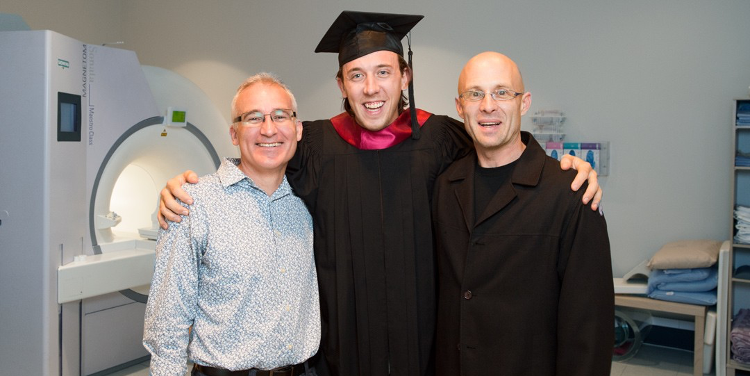 Kory Mathewson with his graduate supervisors, Mark Haykowsky from the Faculty of Rehabilitation Medicine (left) and Richard Thompson from the Faculty of Engineering (Photo: Richard Siemens)